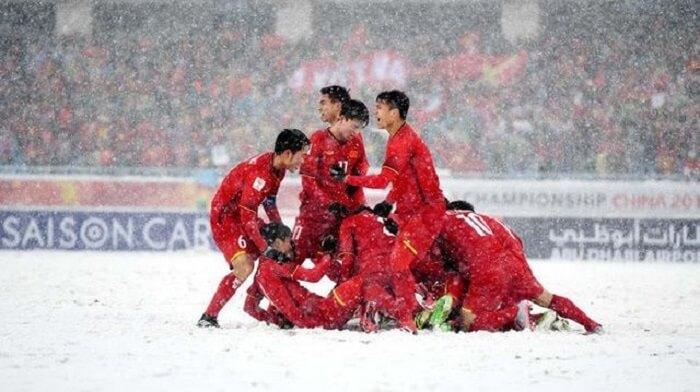 Đội tuyển U23 Việt Nam đã vượt qua vòng bán kết và có trận thi đấu chung kết lịch sử tại Thường Châu Giải U23 Châu Á